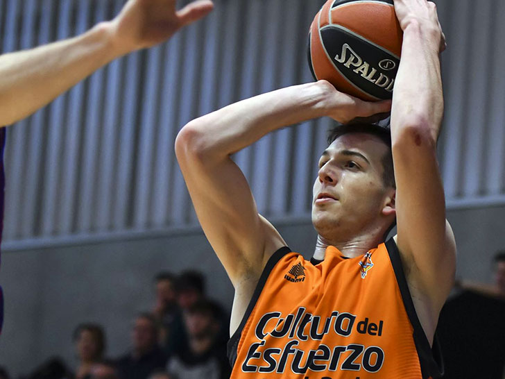 The Valencia Basket EBA team opens in Benidorm the Qualifying Phase