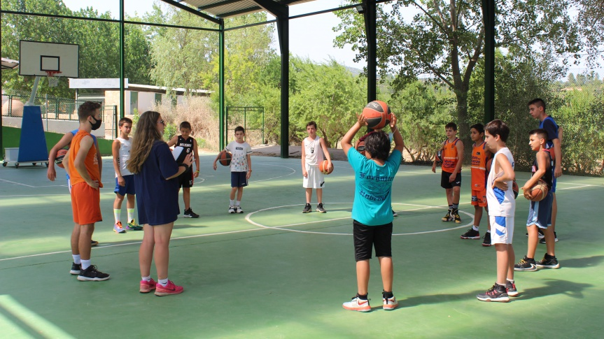 Great success of the Valencia Basket Camps and Schools